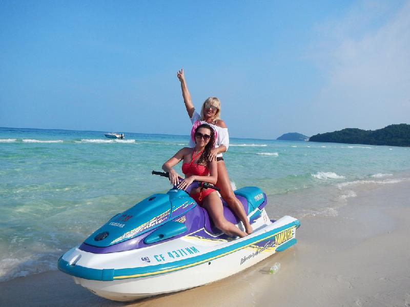 Dao ngoc Phu Quoc day song dong qua anh check-in cua khach Tay hinh anh 34