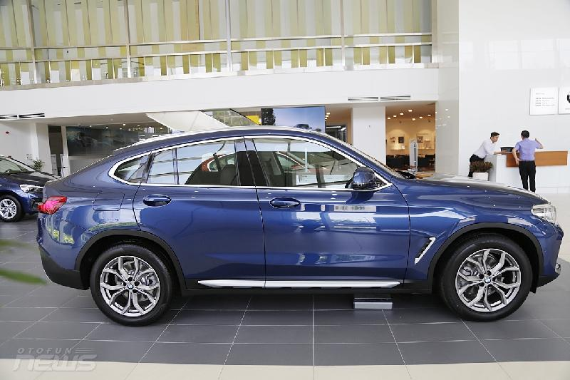 can canh bmw x4 coupe 4 cua gam cao gia 3 ty dong